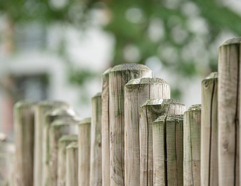 Zaun-Idee: Der Palisadenzaun im Garten